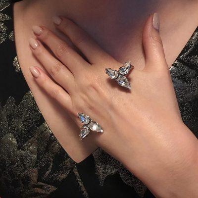 Embrace – Silver Palm Bracelet