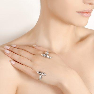 Embrace - Silver Palm Bracelet